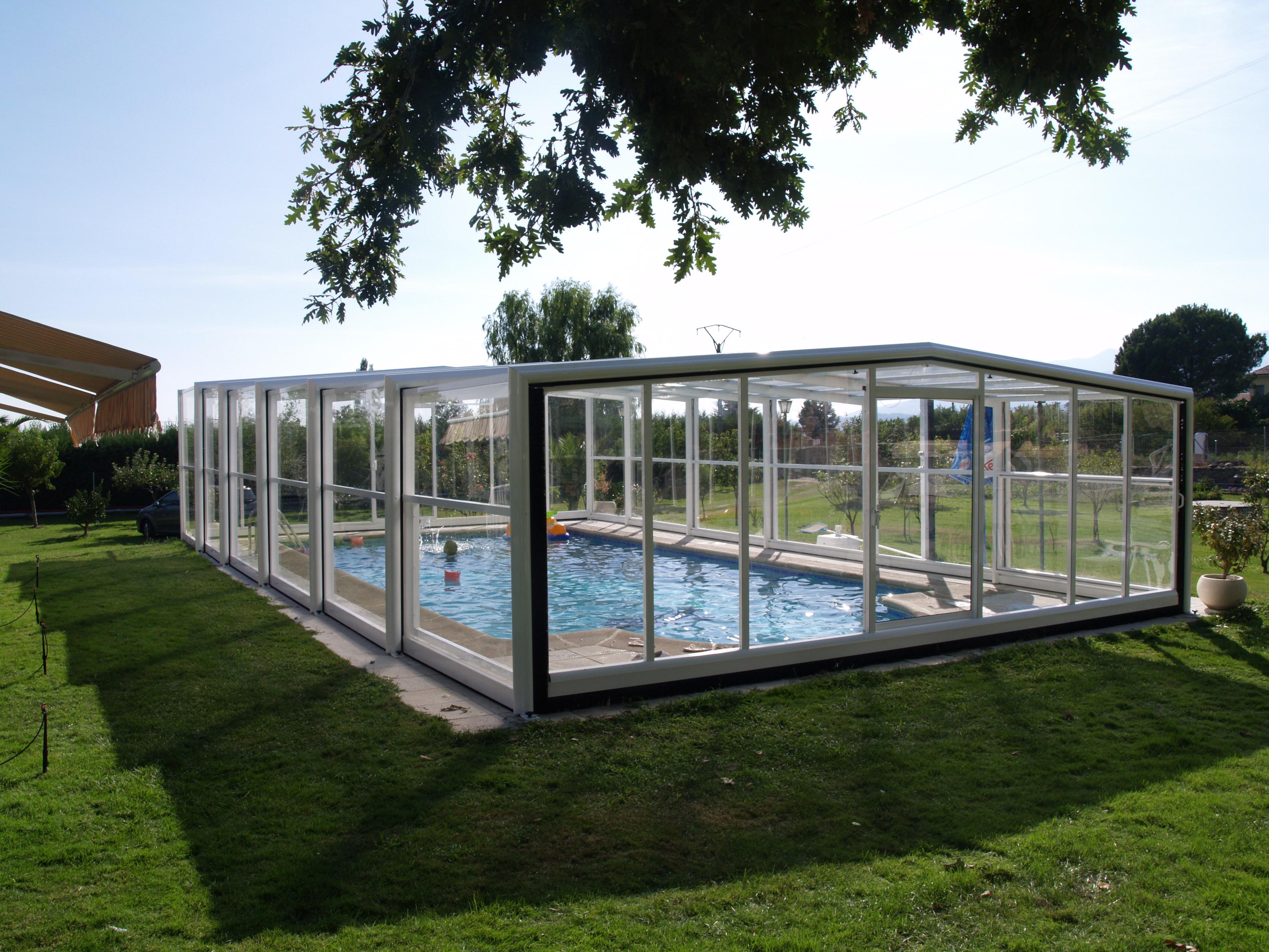 Cubierta elevada telescópica piscina Poseidón