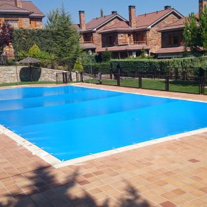 Cobertor de protección piscina